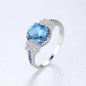 Stunning Sapphire Sterling Silver Ring